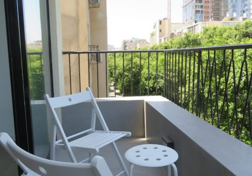 renovated 3 rooms apartment old north tel aviv